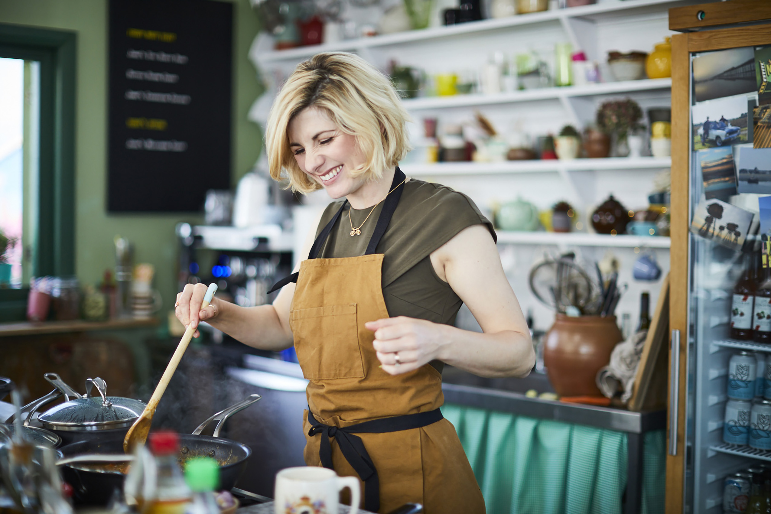 SteveRyan_Photographer_Portraits_People_FridaynightFeast_JamieOliver_JodieWhittaker_81