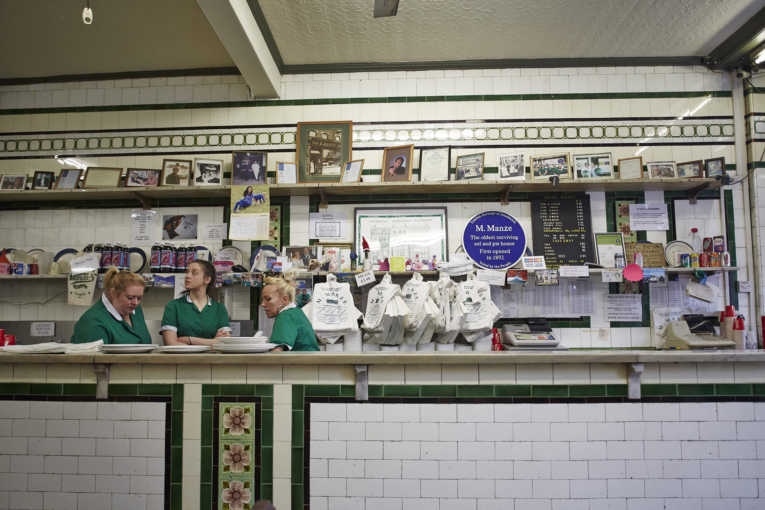 SteveRyan_Photographer_Reportage_PieandMash_London_MManze_14